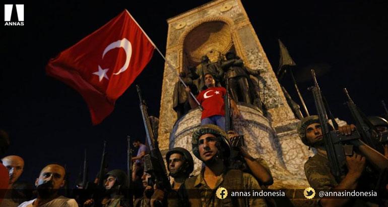 TURKI CAMPAKKAN SEKULERISME TUAI KEJAYAAN